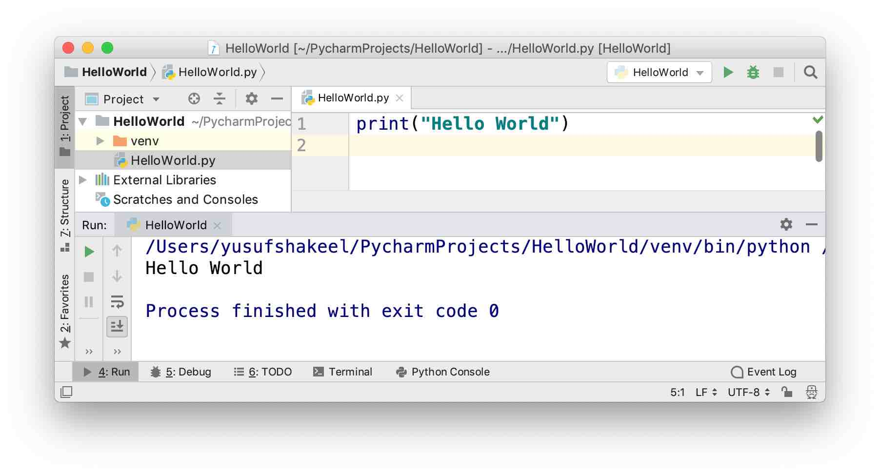 pycharm community edition - run hello world program output